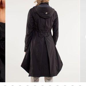 Lululemon Ride On Rain Jacket Size 4 Black